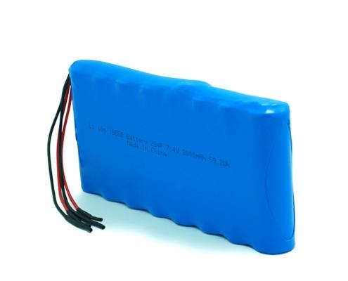 7.4V lithium 18650 battery