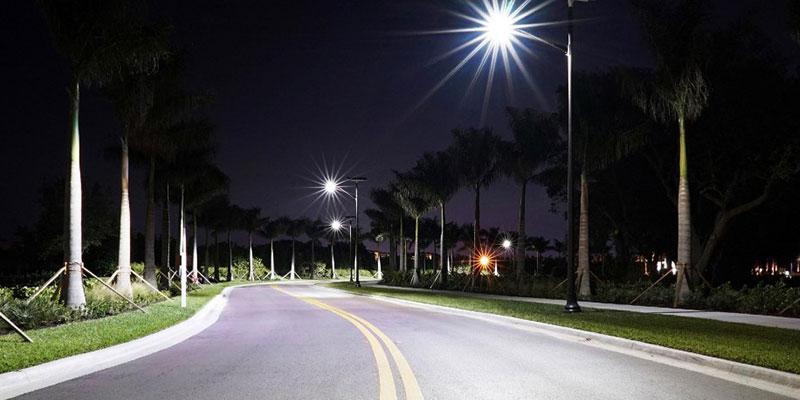 street-light-battery